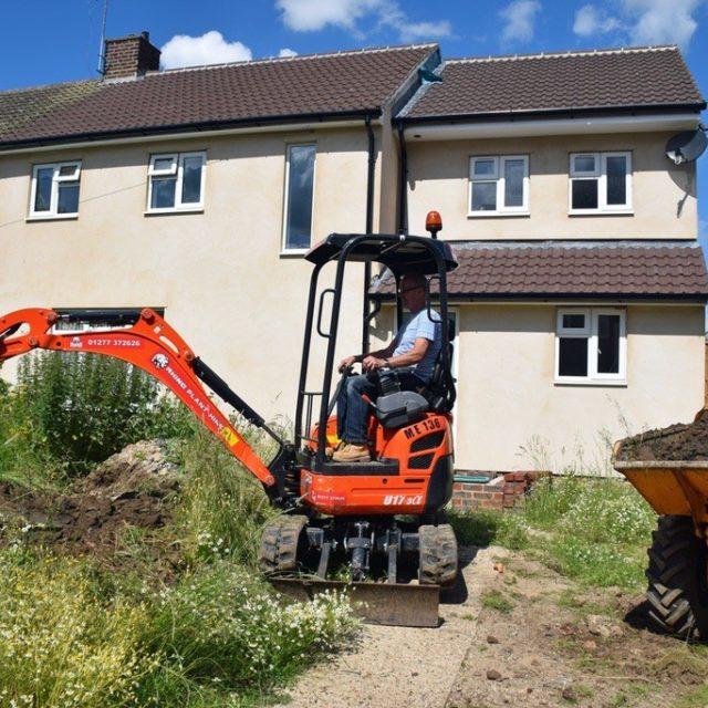 Mini Excavator Basildon